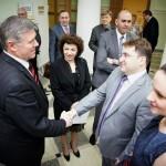 Борис Белодубровский приветствует почётных гостей