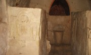 Beit_She'arim_-_cave_of_the_Torah_Ark_(26)-1