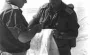 Начальник Генерального штава Ариэль Шарон и Хаим Бар-Лев