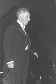 Пианист Артур Рубинштейн, 1957 г.