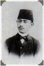 Иерусалимский банкир Валеро в европейском пиджаке и турецкой феске