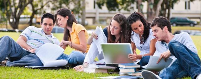 students_na_travke