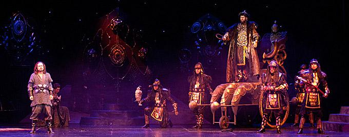Сцена из спектакля «Князь Игорь»