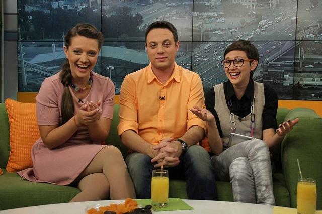 Ведущие утренней программы 9-го канала: Юлия Чепелева, Илья Аксельрод, Анна Розина
