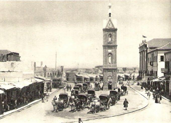 Часовая башня в начале ХХ века