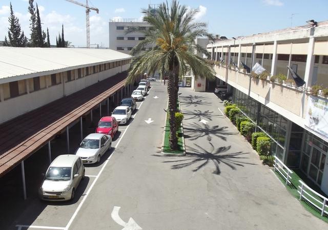 Школа «Шевах-Мофет» в Тель-Авиве