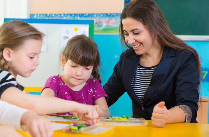 child_school_teacher_2