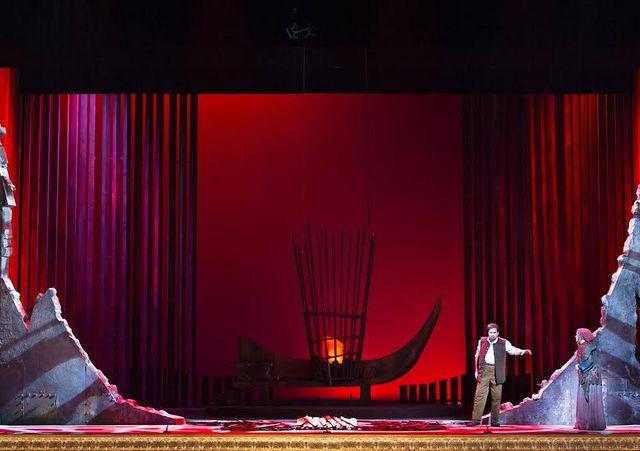 «Трубадур» в Израильской опере