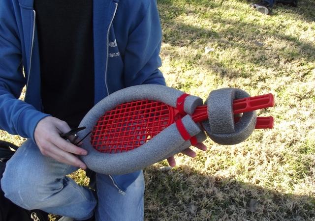 Ракетки и мячик для игры в полилоп