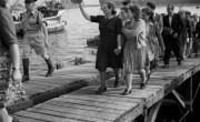 מעפילים מהאניות דב הוז ואליהו גולומב, שהגיעו מאיטליה לאחר פרשת לה ספציה, נמל חיפה,