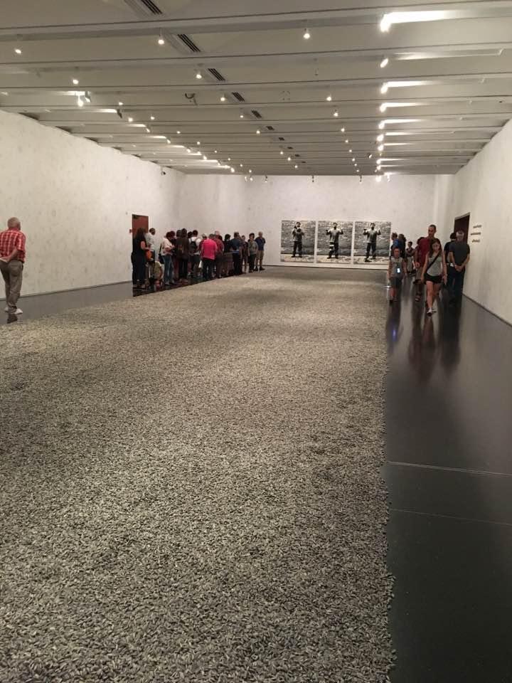 Ай Вейвей: Инсталляция «Семена подсолнечника»