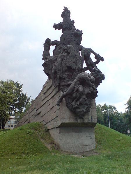 Kiev_BabiYar_Victims_Monument_