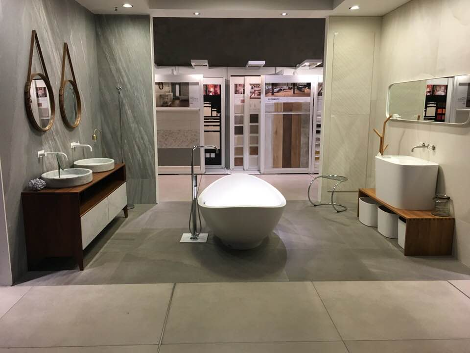 50 оттенков серого в оформлении ванных комнат
