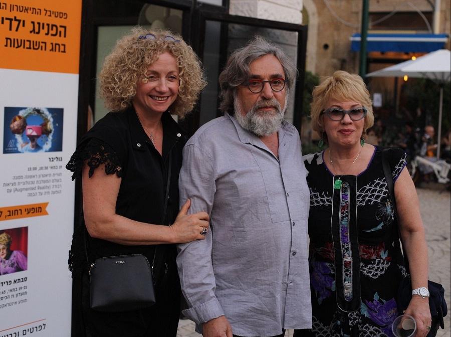 Слева направо:  Лена Крейндлина – директор театра «Гешер» и фестиваля Jaffa Fest; Евгений Арье, художественный руководительтеатра «Гешер»; Мария Ревякина - директор фестиваля «Золотая Маска» - ведущего партнера Jaffa Fest