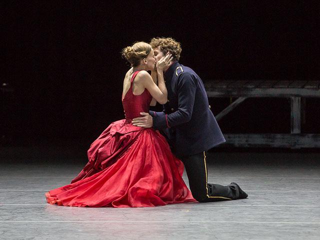 Сцена из балета «Анна Каренина»