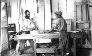 800px-Bnei_Brak._Zvi_Oron-Orushkes._1925-1928_(id.14457138)